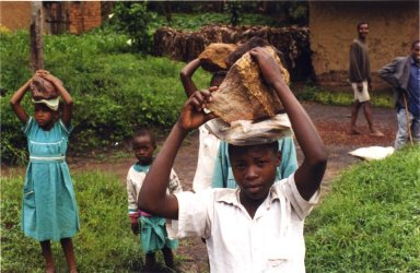 CHILDREN IN UGANDA
