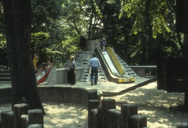 CENTRAL PARK CONTEMPORARY PLAYGROUNDS
