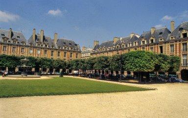 [Place Royale, Place des Vosges, Paris]