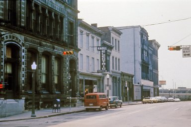 West Fourth Street Historic District