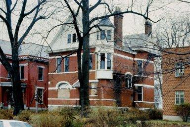 1805 Kinney Avenue