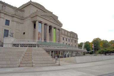 Brooklyn Museum Entrance