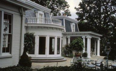Castellini House