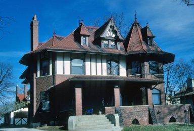 Earnshaw House