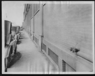 Rapid Transit Photographs -- Box 12, Folder 08 (September 15, 1926 - September 17, 1926) -- print, 1926-09-17, 10:57 A.M.