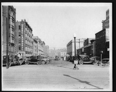 Rapid Transit Photographs -- Box 12, Folder 12 (September 17, 1926 - September 18, 1926) -- print, 1926-09-17, 3:55 P.M.