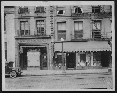 Rapid Transit Photographs -- Box 12, Folder 13 (September 18, 1926 - September 20, 1926) -- print, 1926-09-20, 8:05 A.M.
