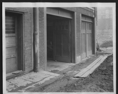 Rapid Transit Photographs -- Box 12, Folder 15 (September 24, 1926) -- print, 1926-09-24, 9:01 A.M.