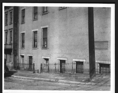 Rapid Transit Photographs -- Box 12, Folder 33 (March 16, 1927 - April 6, 1927) -- print, 1927-03-16, 3:12 P.M.