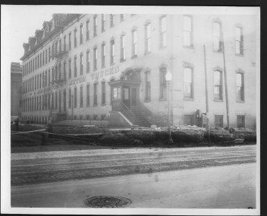 Rapid Transit Photographs -- Box 12, Folder 35 (April 11, 1927 - April 27, 1927) -- print, 1927-04-27, 3:30 P.M.