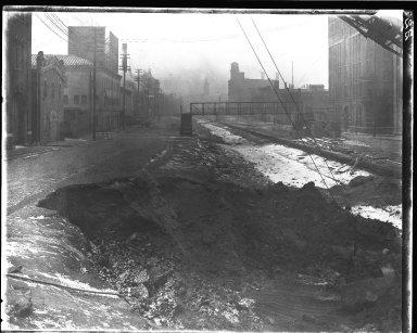 Rapid Transit Photographs -- Box 13, Folder 04 (February 19, 1920 - February 26, 1920) -- negative, 1920-02-26, 8:35 A.M.