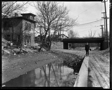 Rapid Transit Photographs -- Box 13, Folder 21 (May 4, 1920 - May 5, 1920) -- negative, 1920-05-04, 3:40 P.M.