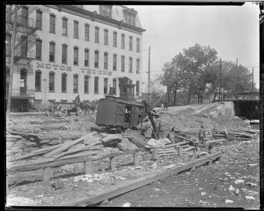 Rapid Transit Photographs -- Box 13, Folder 24 (May 15, 1920 - May 26, 1920) -- negative, 1920-05-26, 9:55 A.M.