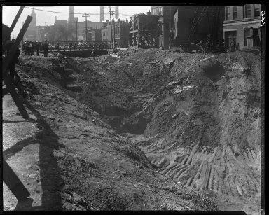 Rapid Transit Photographs -- Box 13, Folder 24 (May 15, 1920 - May 26, 1920) -- negative, 1920-05-26, 10:23 A.M.