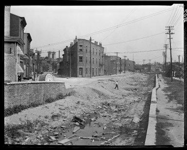 Rapid Transit Photographs -- Box 13, Folder 34 (June 28, 1920 - July 8, 1920) -- negative, 1920-06-28, 3:30 P.M.