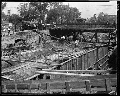 Rapid Transit Photographs -- Box 14, Folder 01 (July 26, 1920 - July 29, 1920) -- negative, 1920-07-29, 10:25 A.M.