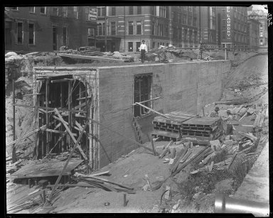 Rapid Transit Photographs -- Box 14, Folder 02 (July 29, 1920 - August 3, 1920) -- negative, 1920-08-03, 3:22 P.M.