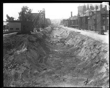 Rapid Transit Photographs -- Box 14, Folder 04 (August 4, 1920 - August 13, 1920) -- negative, 1920-08-05, 2:50 P.M.