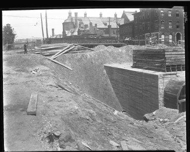 Rapid Transit Photographs -- Box 14, Folder 06 (August 17, 1920 - August 25, 1920) -- negative, 1920-08-25, 12:32 P.M.