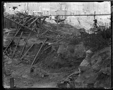 Rapid Transit Photographs -- Box 14, Folder 24 (November 4, 1920 - November 10, 1920) -- negative, 1920-11-04, 2:31 P.M.