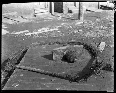 Rapid Transit Photographs -- Box 14, Folder 38 (February 3, 1921) -- negative, 1921-02-03, 10:52 A.M.