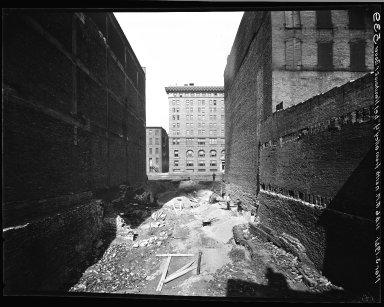 Rapid Transit Photographs -- Box 14, Folder 46 (March 4, 1920 - March 10, 1921) -- negative, 1921-03-04, 11:46 A.M.