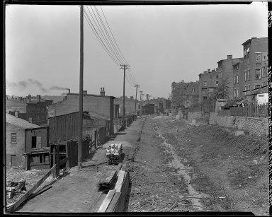 Rapid Transit Photographs -- Box 15, Folder 19 (May 5, 1921) -- negative, 1921-05-04, 10:47 A.M.