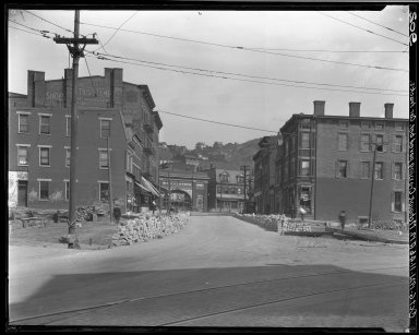 Rapid Transit Photographs -- Box 16, Folder 18 (October 6, 1921 - October 14, 1921) -- negative, 1921-10-06, 11:46 A.M.