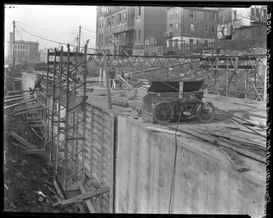 Rapid Transit Photographs -- Box 16, Folder 31 (December 1, 1921 - December 10, 1921) -- negative, 1921-12-10, 10:46 A.M.