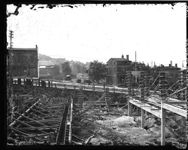 Rapid Transit Photographs -- Box 17, Folder 11 (May 19, 1922 - May 27, 1922) -- negative, 1922-05-19, 11:05 A.M.