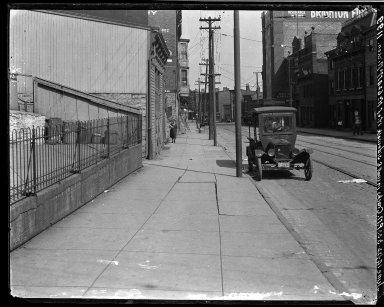 Rapid Transit Photographs -- Box 17, Folder 19 (June 14, 1922 - June 16, 1922) -- negative, 1922-06-14, 3:33 P.M.