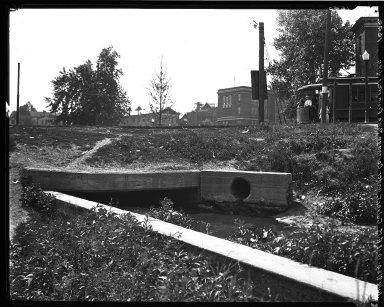 Rapid Transit Photographs -- Box 18, Folder 10 (July 9, 1924 - August 14, 1922) -- negative, 1924-07-09, 10:18 A.M.