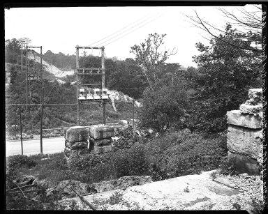 Rapid Transit Photographs -- Box 18, Folder 10 (July 9, 1924 - August 14, 1922) -- negative, 1924-07-09, 11:35 A.M.