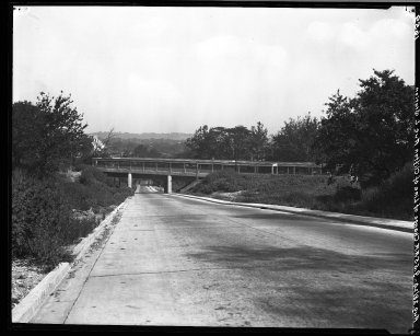 Rapid Transit Photographs -- Box 18, Folder 13 (August 26, 1924 - August 28, 1924) -- negative, 1924-08-28, 9:55 A.M.
