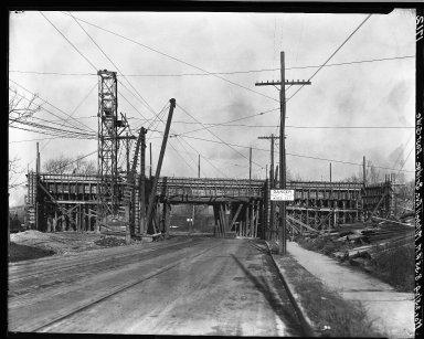 Rapid Transit Photographs -- Box 18, Folder 20 (October 23, 1924 - November 25, 1924) -- negative, 1924-11-25, 8:35 A.M.