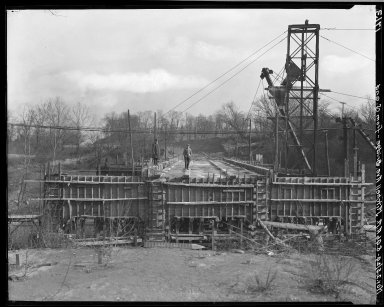 Rapid Transit Photographs -- Box 18, Folder 20 (October 23, 1924 - November 25, 1924) -- negative, 1924-11-25, 8:46 A.M.