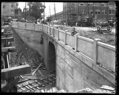 Rapid Transit Photographs -- Box 18, Folder 28 (June 3, 1926 - August 10, 1926) -- negative, 1926-06-03, 11:55 A.M.