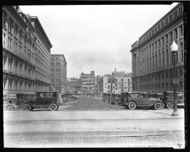 Rapid Transit Photographs -- Box 18, Folder 29 (August 10, 1926 - September 10, 1926) -- negative, 1926-08-10, 3:05 P.M.