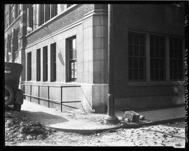 Rapid Transit Photographs -- Box 18, Folder 35 (September 17, 1926) -- negative, 1926-09-17, 3:26 P.M.