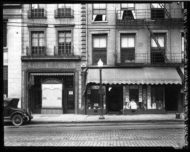 Rapid Transit Photographs -- Box 18, Folder 37 (September 18, 1926 - September 20, 1926) -- negative, 1926-09-20, 8:05 A.M.