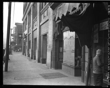Rapid Transit Photographs -- Box 18, Folder 37 (September 18, 1926 - September 20, 1926) -- negative, 1926-09-20, 8:22 A.M.