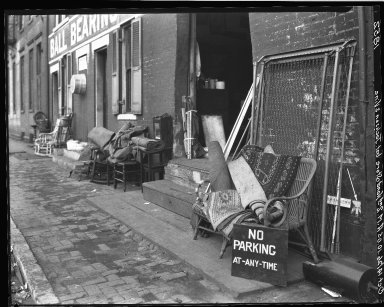 Rapid Transit Photographs -- Box 18, Folder 42 (October 5, 1926 - October 14, 1926) -- negative, 1926-10-14, 10:05 A.M.