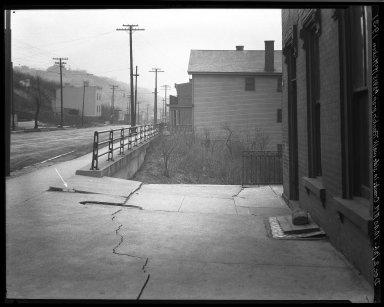 Rapid Transit Photographs -- Box 19, Folder 09 (November 22, 1926 - December 2, 1926) -- negative, 1926-12-02, 10:40 A.M.