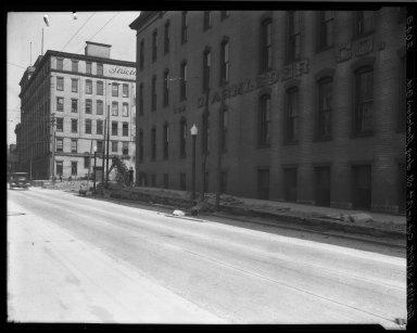 Rapid Transit Photographs -- Box 19, Folder 28 (April 27, 1927) -- negative, 1927-04-27, 3:18 P.M.