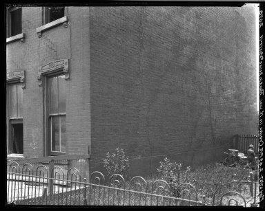 Rapid Transit Photographs -- Box 19, Folder 32 (May 25, 1927 - May 27, 1927) -- negative, 1927-05-27, 2:49 P.M.