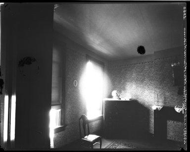 Rapid Transit Photographs -- Box 20, Folder 11 (July 27, 1927 - July 29, 1927) -- negative, 1927-07-29, 10:10 A.M.