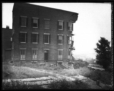 Rapid Transit Photographs -- Box 20, Folder 15 (August 2, 1927 -August 18, 1927) -- negative, 1927-08-18, 11:15 A.M.
