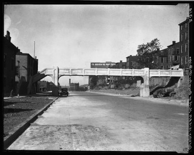 Rapid Transit Photographs -- Box 20, Folder 20 (September 19, 1927 - October 21, 1927) -- negative, 1927-10-21, 10:15 A.M.