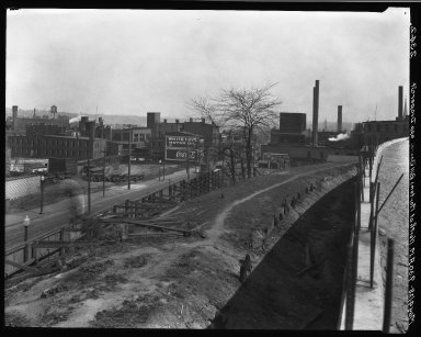 Rapid Transit Photographs -- Box 20, Folder 26 (April 27, 1928 - May 4, 1928) -- negative, 1928-05-04, 9:30 A.M.