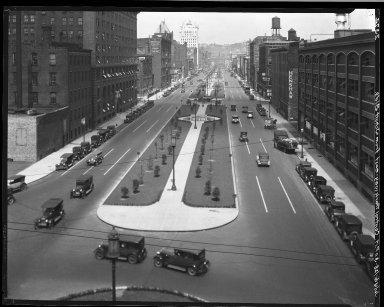 Rapid Transit Photographs -- Box 20, Folder 29 (July 2, 1928 - July 11, 1928) -- negative, 1928-07-06, 3:00 P.M.